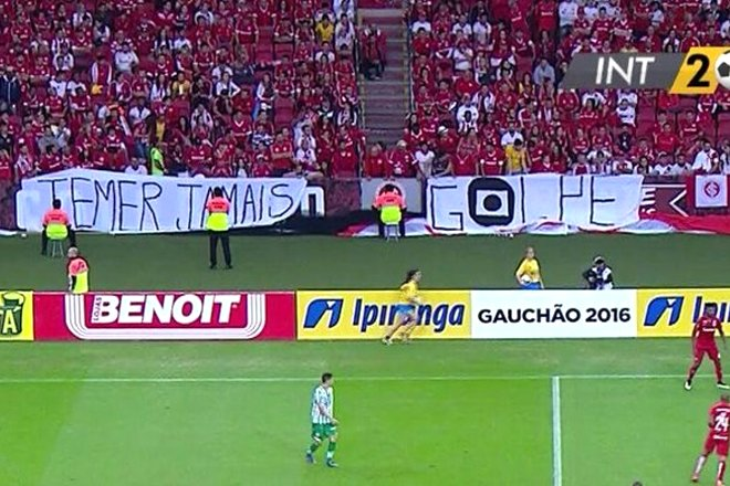 RT @impedimento: Grandes faixas do futebol brasileiro: Sport Club Internacional. https://t.co/R2YiutGW4D