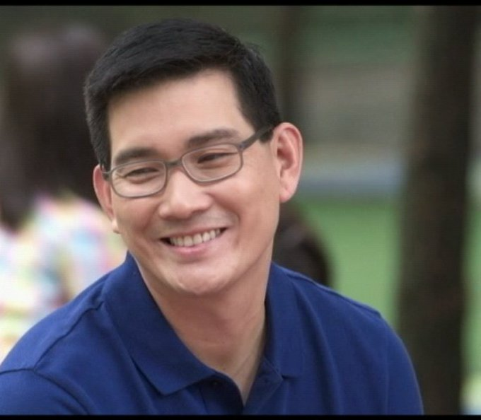 Your smile can give our hearts the joy we need for the day.   HAPPY BIRTHDAY RICHARD YAP
