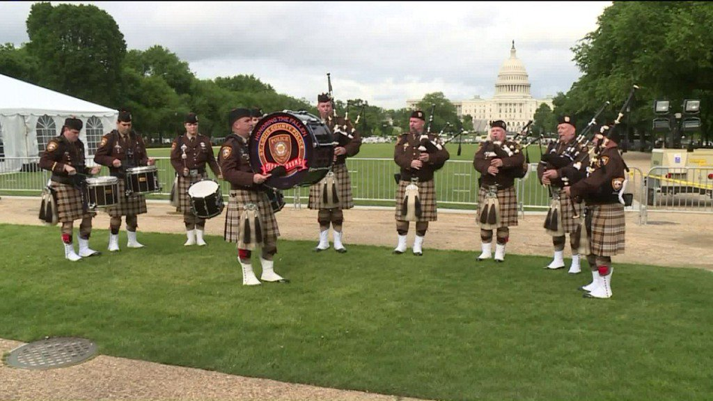 St. Louis County Pipes and Drummers Honor Fallen Colleague at National PoliceWeek