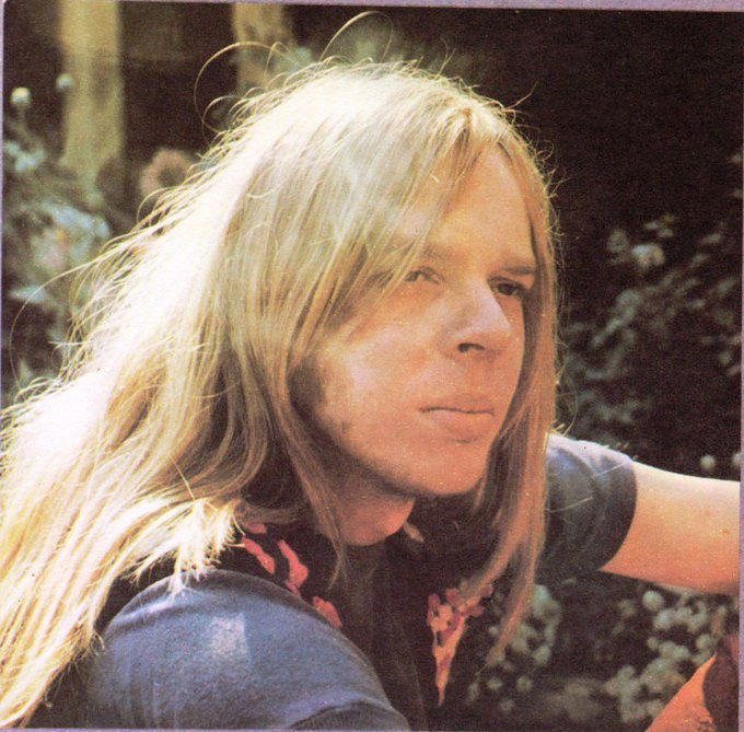 Happy Birthday today also to Rick Wakeman! Xx Awesome musician! xx