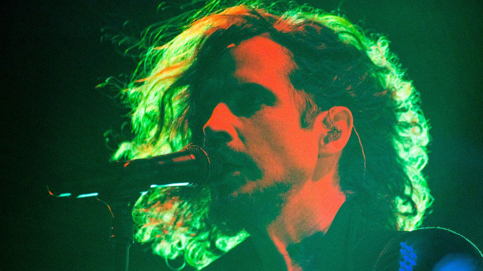 7 times Chris Cornell made us weep with his amazing voice https://t.co/opZRW7gO2n https://t.co/UERDsv4v7n