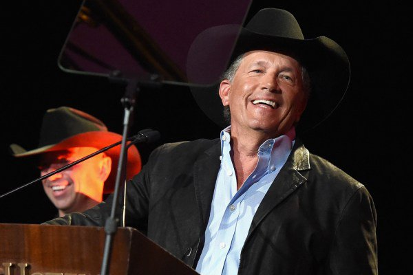Happy Birthday George Strait! From Miranda Lambert, Darius Rucker + More