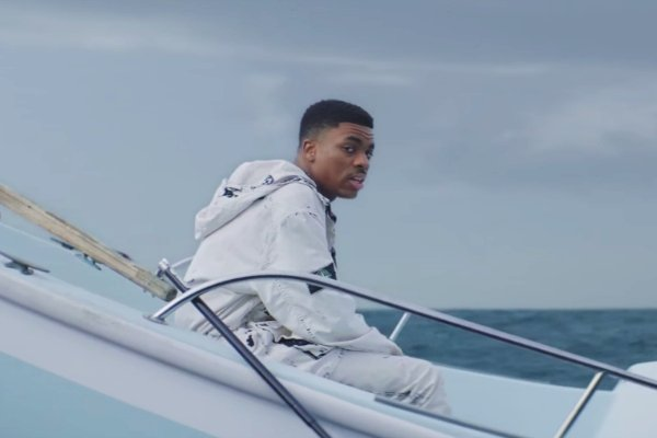 .@VinceStaples Drops His New Single and Video 'Big Fish' https://t.co/xNyLWPsgKS https://t.co/zurRdHnCh5