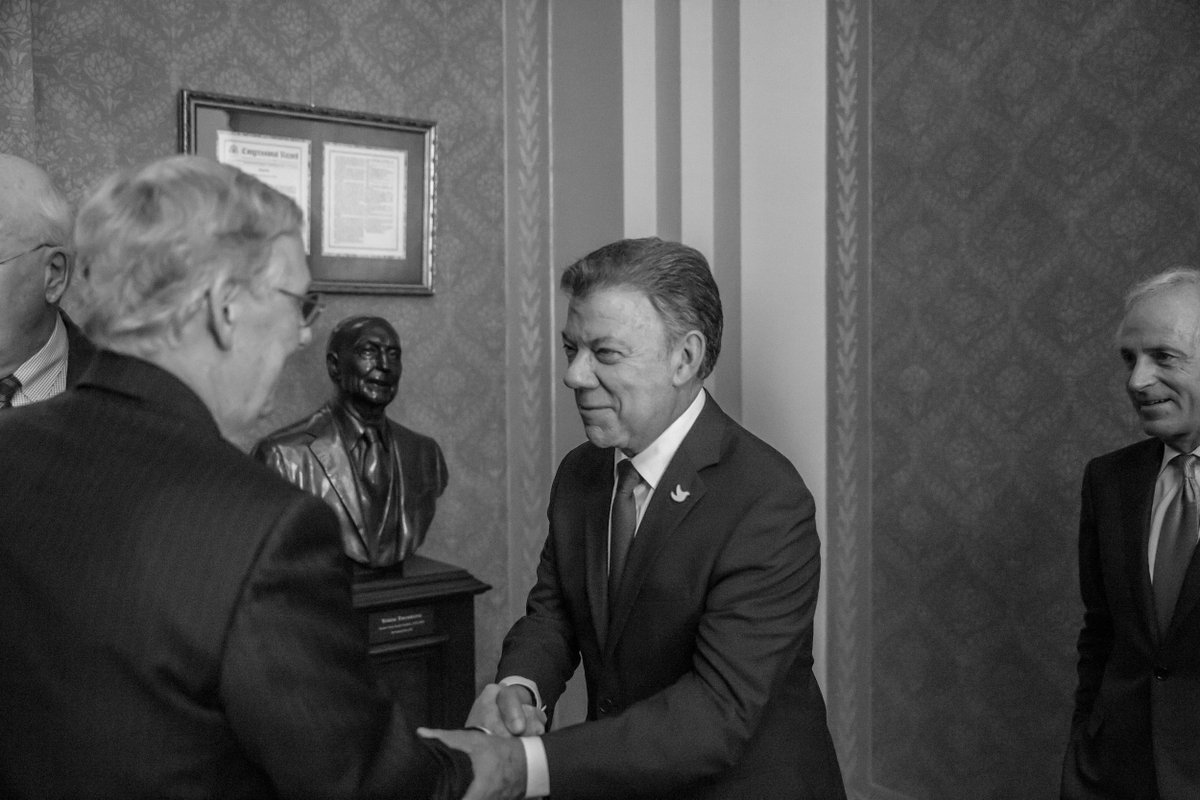 I had a great discussion with President @JuanManSantos of #Colombia today in the @uscapitol. #VisitaAWashington