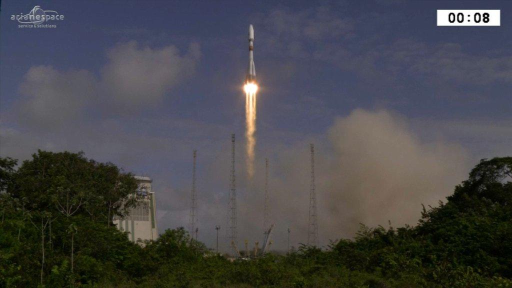 Guyane: une fusée Soyouz décolle de Kourou