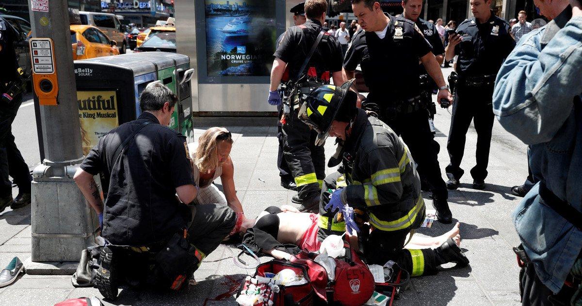 кодекс регламентирует наезд на пешеходов в нью йорке начале одной главных