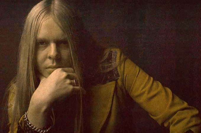 A happy birthday to the legendary R&R HOFer Rick Wakeman!!!
