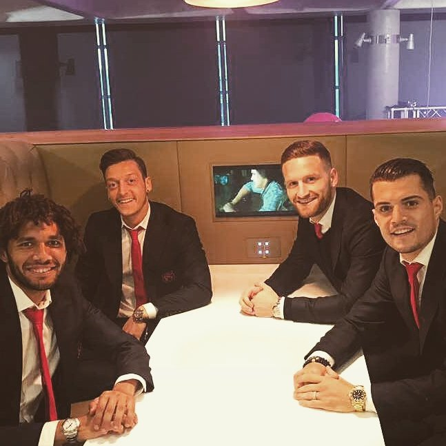 Nice evening with the team for a good cause! ��✌�� @AFC_Foundation @Arsenal #NightToInspire https://t.co/bB67sa76OP