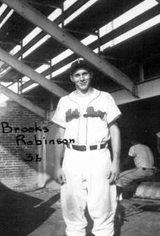 Happy 80th birthday to former York White Rose, Brooks Robinson!
