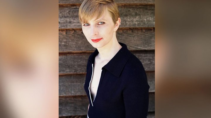 Chelsea Manning is now on Instagram https://t.co/b7TcmDDaG8 https://t.co/V07gXF3BcJ