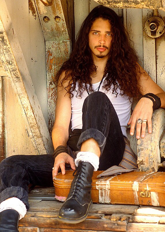 Chris Cornell, 1991 https://t.co/X9BxUCxten