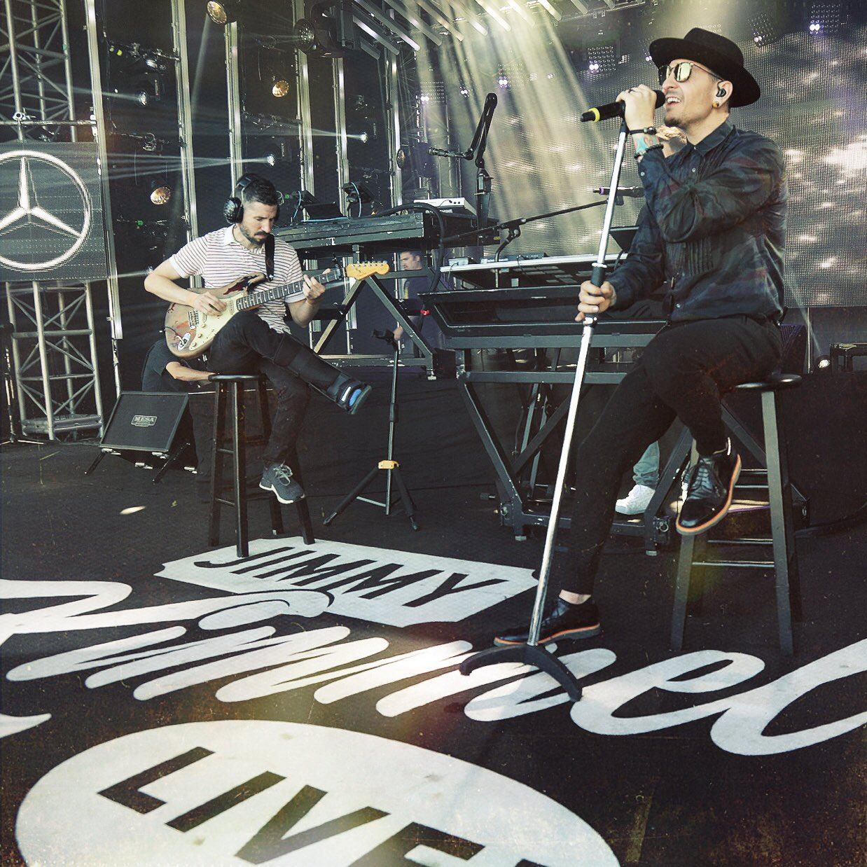 Sound check for our performance on @JimmyKimmelLive tonight on @ABCNetwork at 11:35/10:35c. #OneMoreLight �� https://t.co/WnjkHC45Ei
