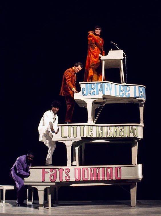 Piano legends Fats Domino, Little Richard, Jerry Lee Lewis, and Brian Auger, 1969 https://t.co/8EYPYaQ32e