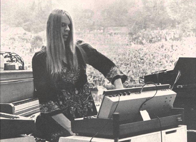 Happy birthday to the amazing Rick Wakeman! ¡Feliz cumpleaños