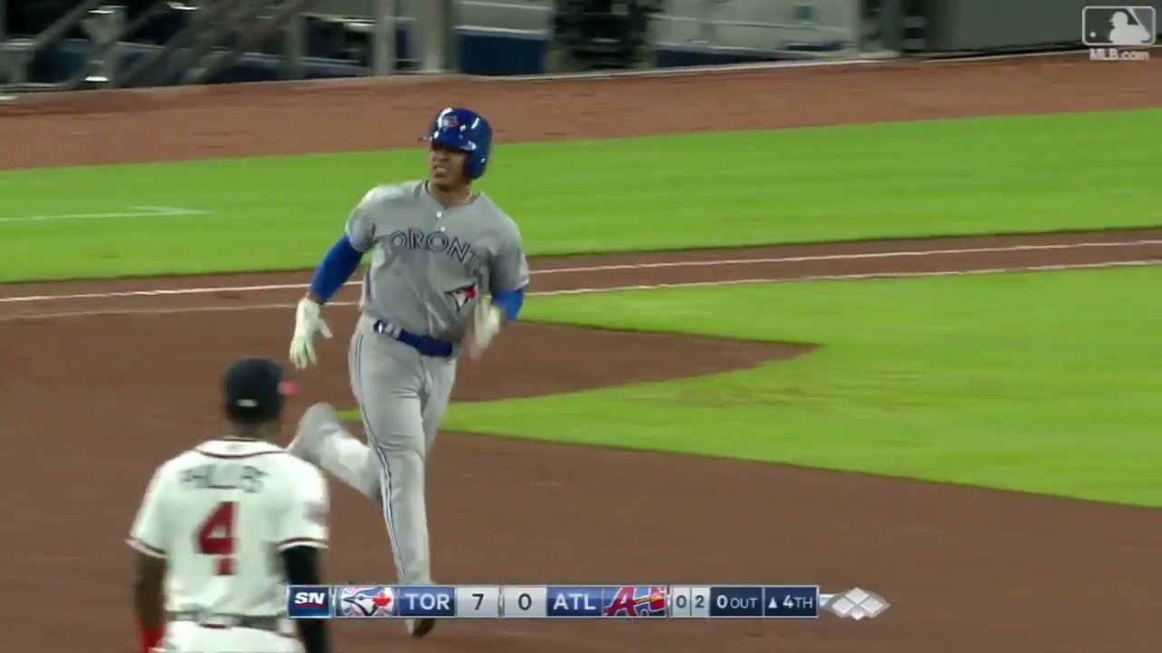 On this episode of the #StroShow: @MStrooo6 CRUSHES an opposite-field homer! https://t.co/UiEWy8oeU4