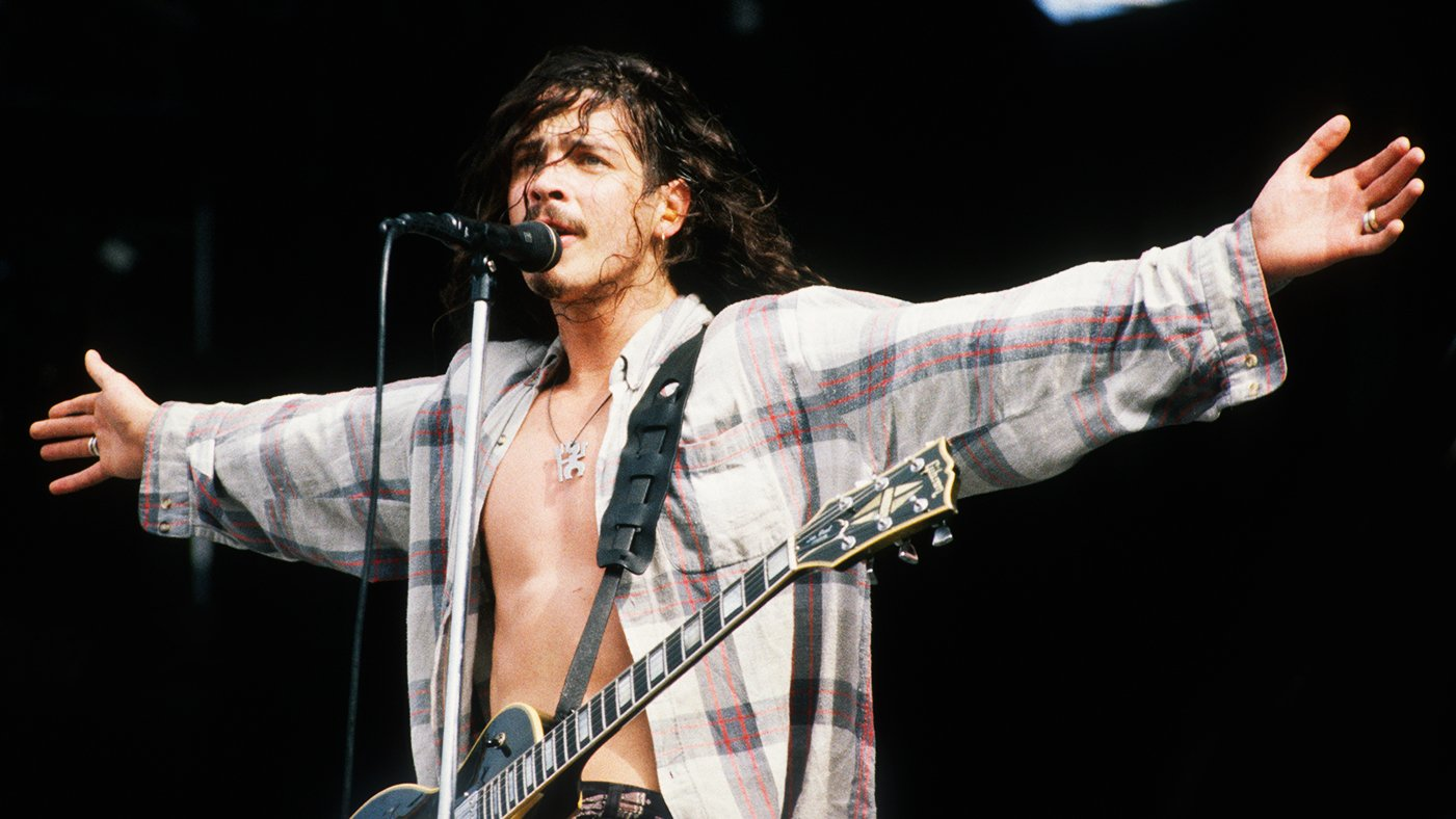 15 essential Chris Cornell songs https://t.co/gHOcWHwqUv https://t.co/I2Z4rHi690