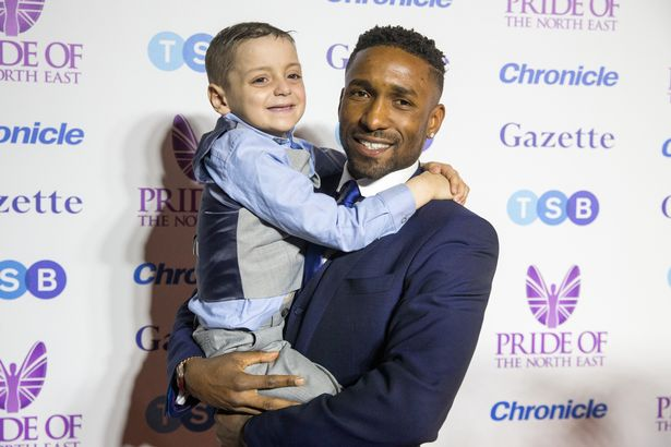 Another night to remember with this brave little legend. Love you mate ❤ #PrideoftheNorthEast https://t.co/gx28zxO84Z