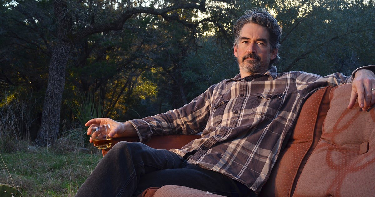 Hear Americana underdog Slaid Cleaves' sharp new song 'Drunken Barber's Hand' https://t.co/Ch5H99dIez https://t.co/1LEtj1Qhal