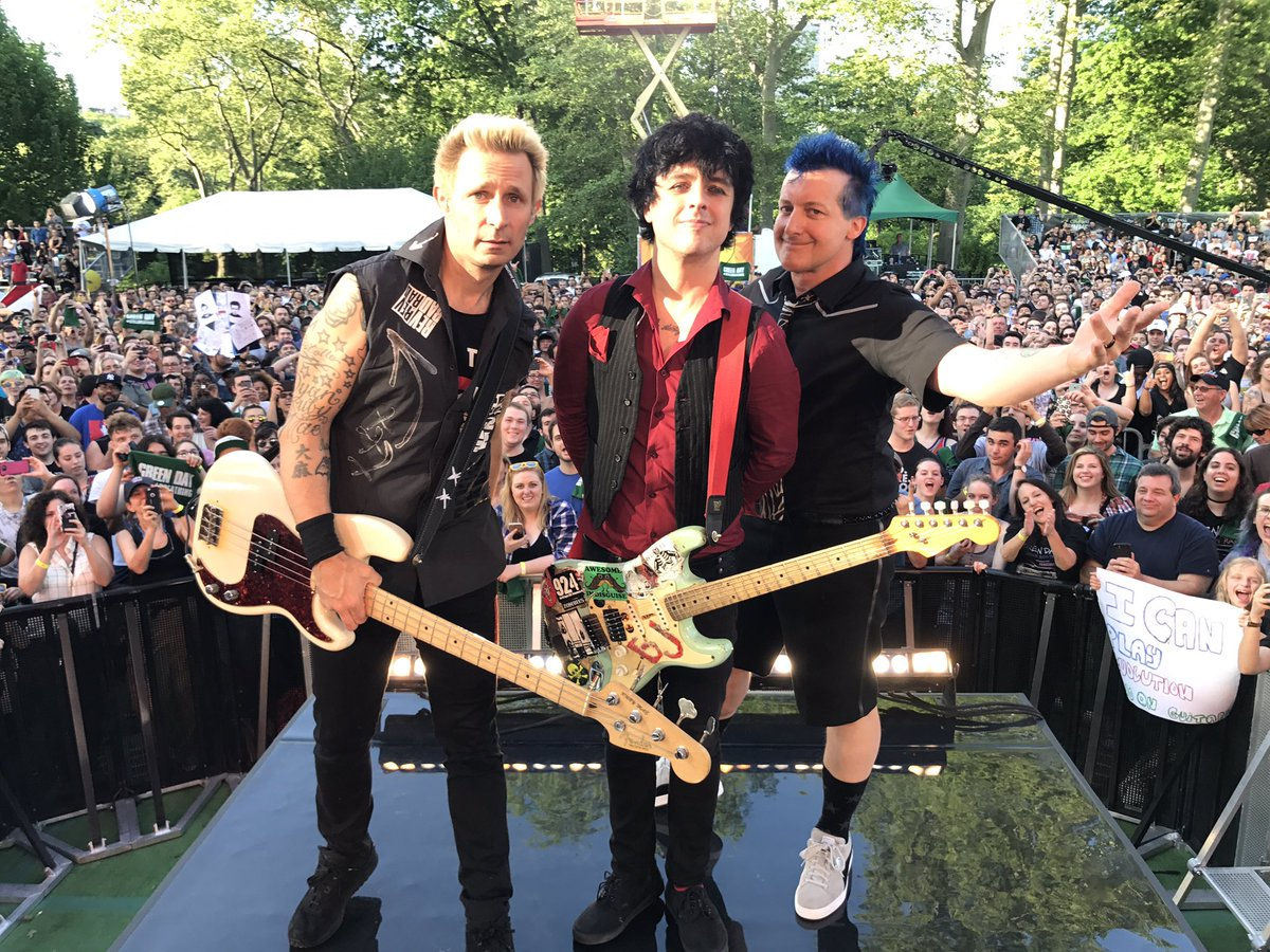 We couldn't be any more excited for @GreenDay!!!!#GreenDayOnGMA