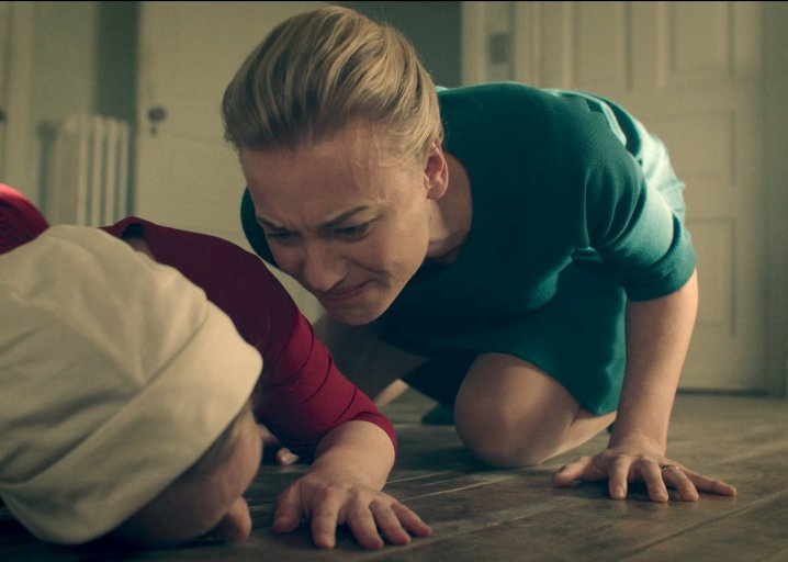 Why the female villains on The Handmaid's Tale are so terrifying: https://t.co/mk6fKYH5v8 https://t.co/pRKzbWMaJI