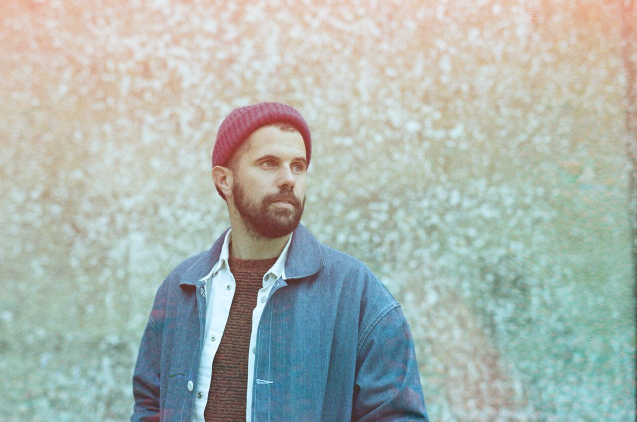 Nick Mulvey (@NickMulveyMusic) unveils new single 'Unconditional' and announces 2017 UK tour https://t.co/saB99DxWCX https://t.co/H1yw4xq8Hf