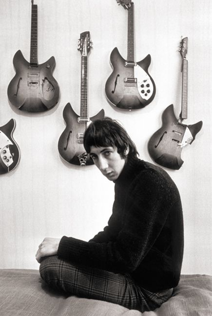 Happy Birthday Pete Townshend, born 72 years ago!