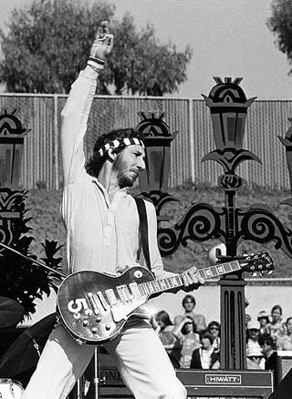 HAPPY BIRTHDAY to the great Pete Townshend! 72 years young!