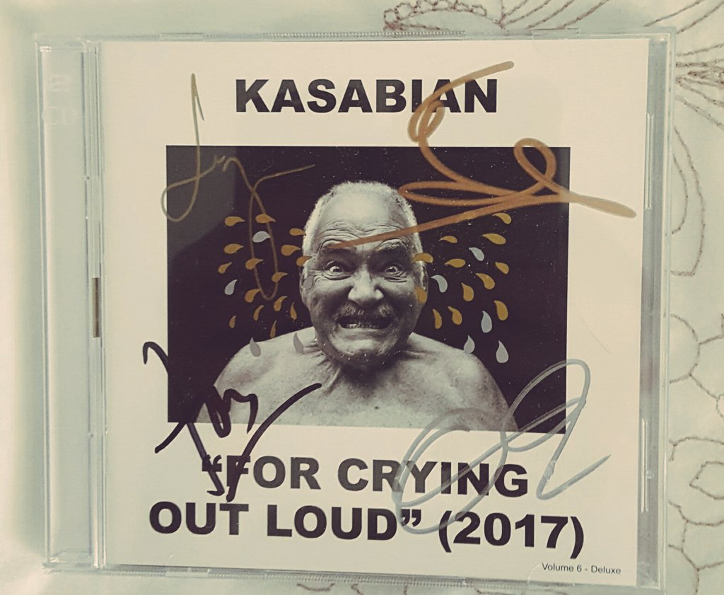 Signed and sealed #kasabian #forcryingoutloud https://t.co/35MndjQ3bl