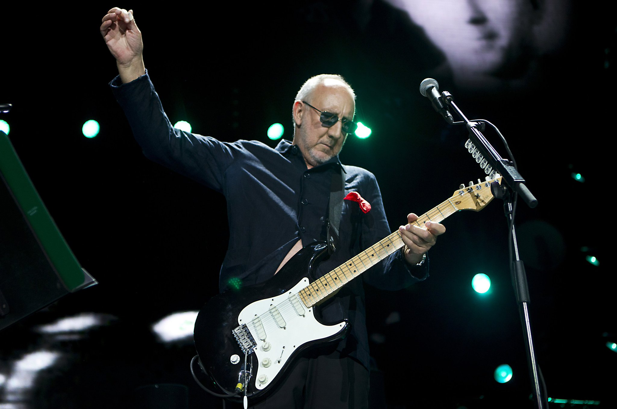 Happy 72nd birthday to Pete Townshend of The Who!