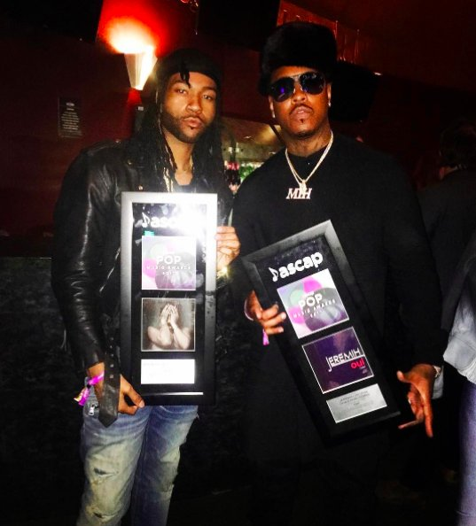 .@Jeremih and @partynextdoor put an end to last year's tour feud: https://t.co/xolemIe71N  https://t.co/cTflQhTZJw