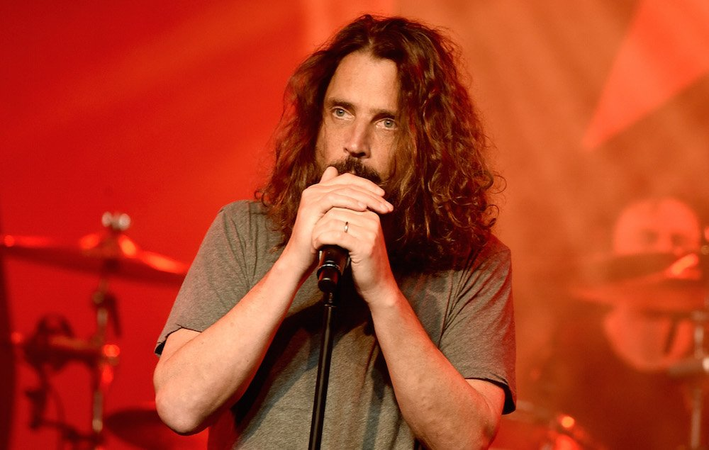 Police report reveals more details about Chris Cornell's death https://t.co/E6WV9JBSQn https://t.co/nFIUBRSlER