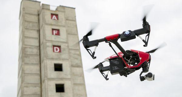 Appeals court strikes down FAA drone registration rule