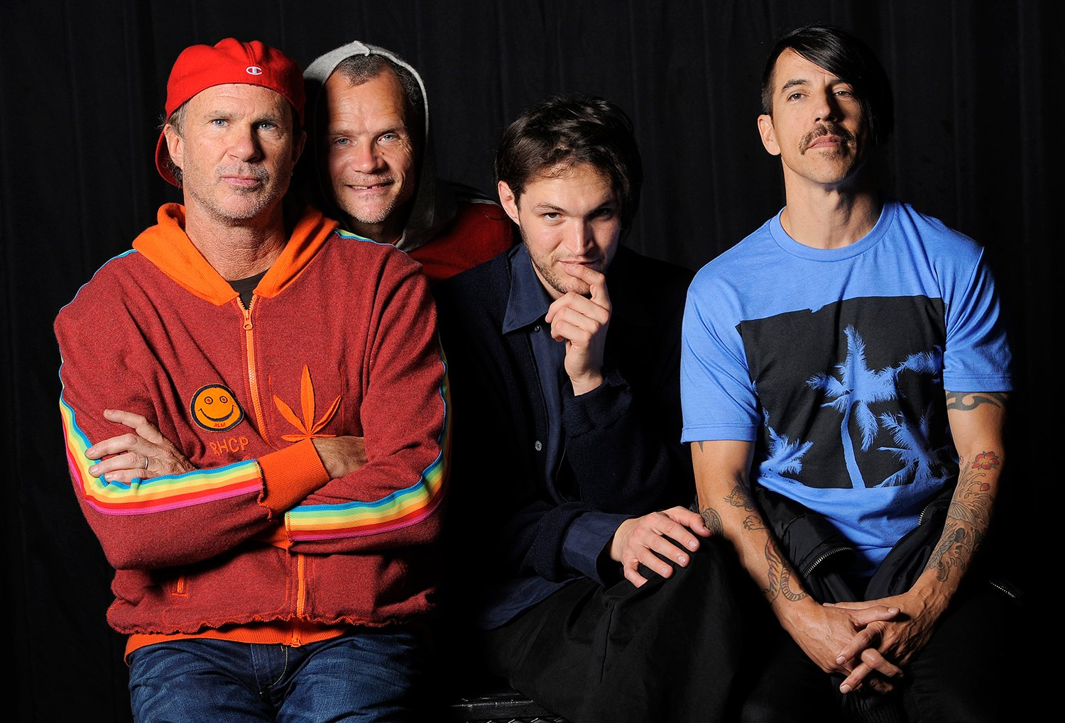 See Red Hot Chili Peppers' acoustic cover of Chris Cornell's 'Seasons' https://t.co/p99hBWVllk https://t.co/soQEFwaaYf