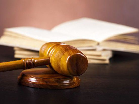 Medical resident pleads guilty to fraudulently obtaining pain relief drugs