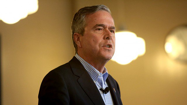 Jeb Bush: I told you Trump would be a 'chaos president' https://t.co/fF9aRJqqqJ https://t.co/3Zlw5ntJkD