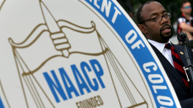 NAACP dismisses president, vows to refocus on fighting Trump https://t.co/WcmbZNHysd https://t.co/8ZIMN78VQV