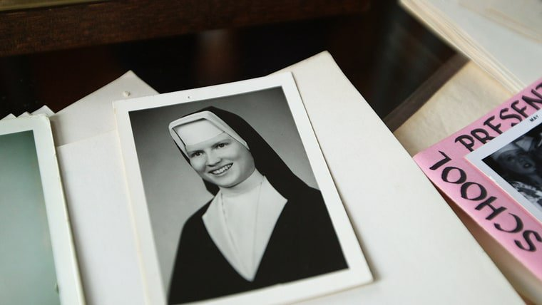 Inside Netflix's compelling new docuseries #TheKeepers https://t.co/aYBjaiahoz https://t.co/Sv6zXE0mjc