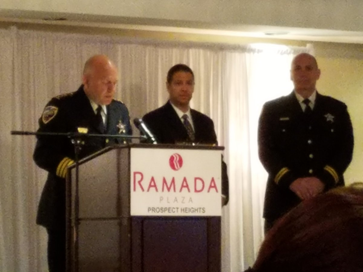 test Twitter Media - Honoring Officer Joe Vertone with @prospect_hts Mayor's Special Recognition Award.  Congrats!  Great community breakfast by Mayor Helmer! https://t.co/4NHJPv2U8L