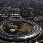 Farhad's and Mike's Week in Tech: Caring About Tech News