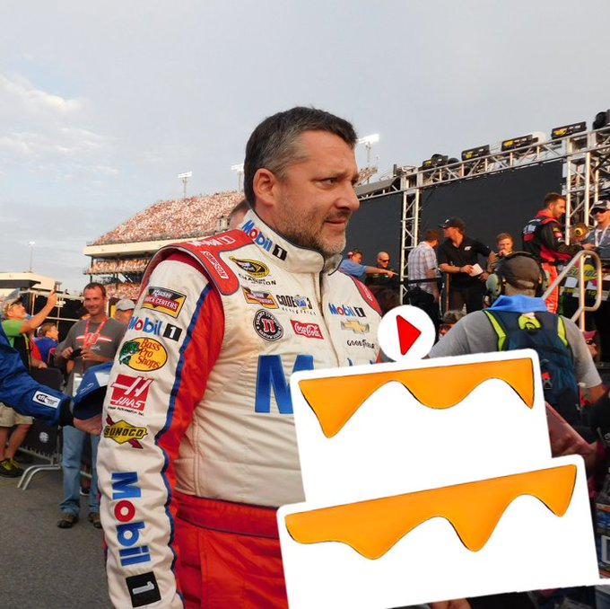 Happy Birthday to someone that drives as fast as we produce Birthday Bits, Tony Stewart!