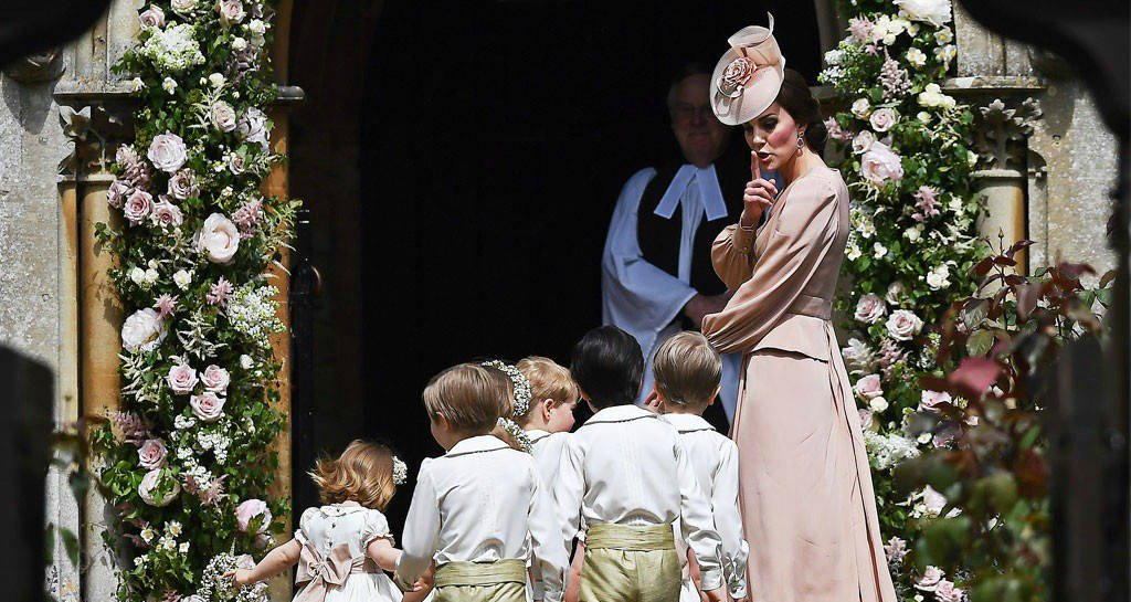 Kate Middleton is every mom shushing the kids at Pippa Middleton's wedding: