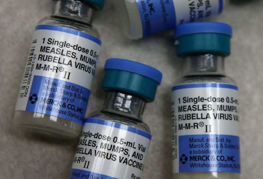Italy makes 12 vaccines mandatory for school-age children