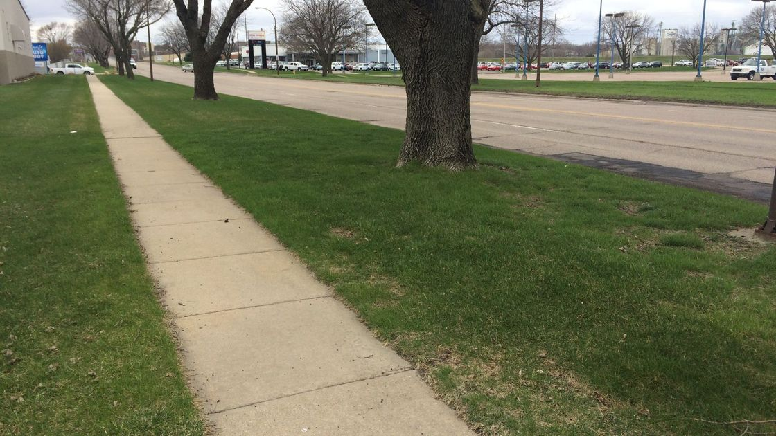 Sioux City to notify property owners of sidewalk repairs
