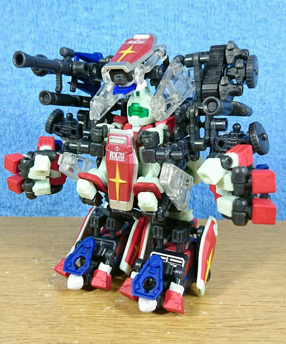 パワーローダー作った。覇王シュリケンジンのイメージを元にビーダマン(特にOS)、バトルスキッパー、闘剣士等の90年代肩肘