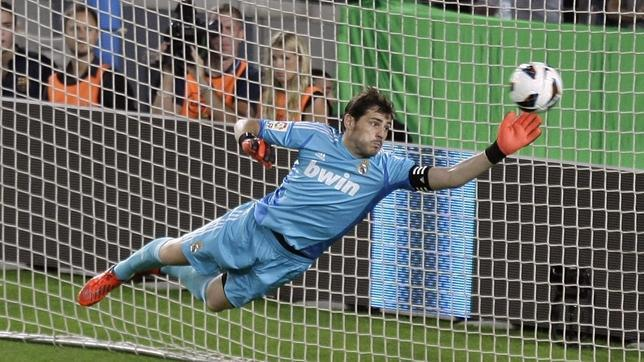 Today, Iker Casillas turns 36 years old.   Happy Birthday and congratulations!!!
