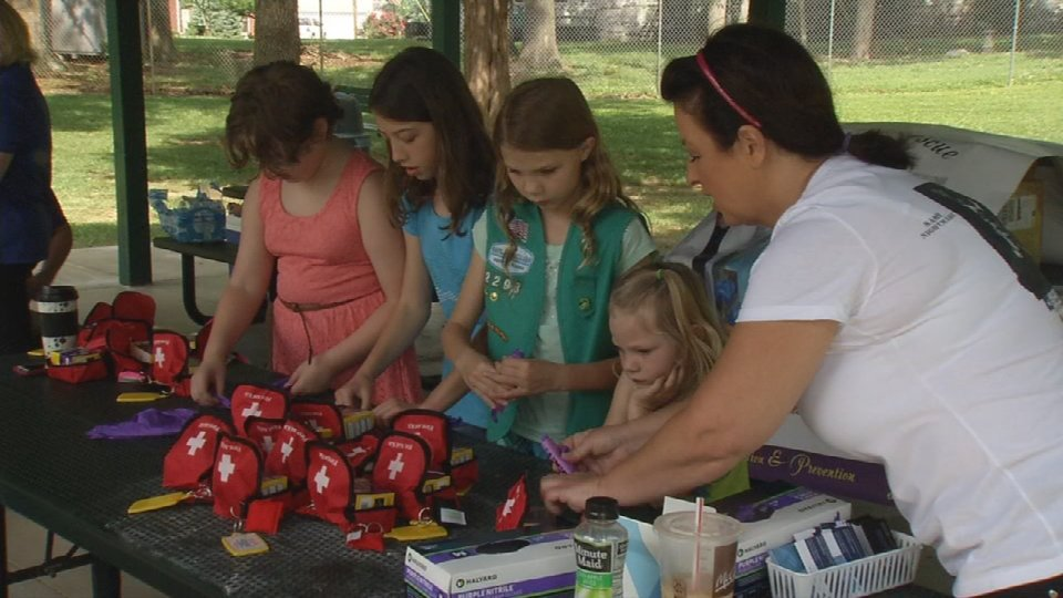 Local Girl Scouts learn how to save lives, create overdose rescue kits