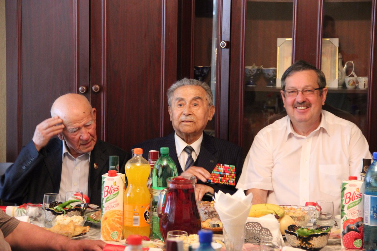 Свой 70-летний юбилей отмечает доктор исторических наук, заслуженный деятель науки ка listen to юбилей отмечает