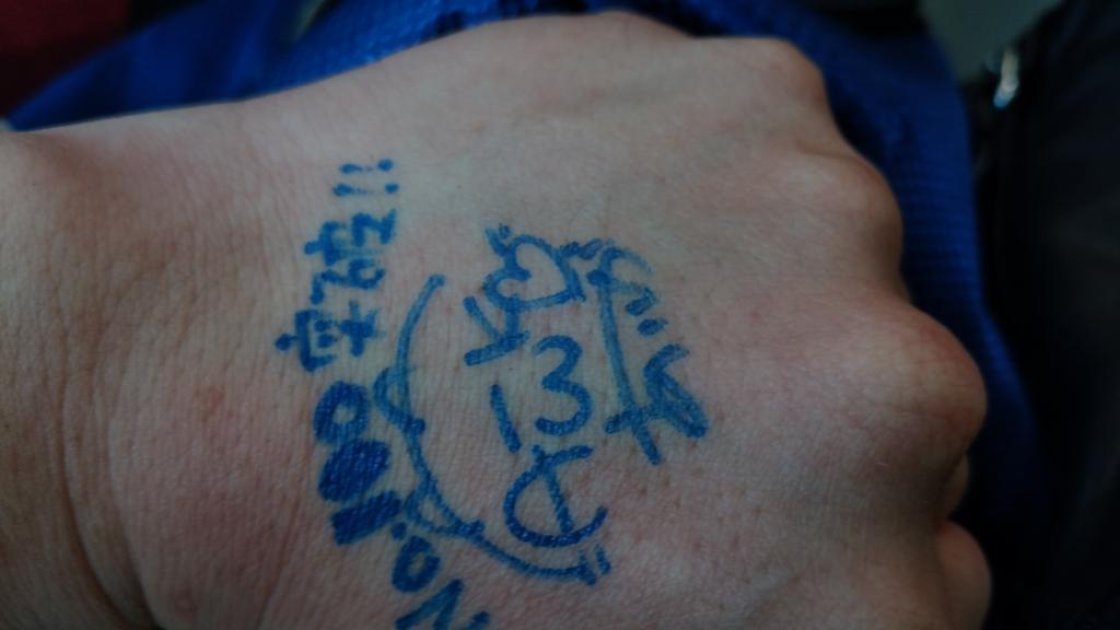 #いとうあいか  #110人握手 無事に110人突破しました!天地無用の記念イベントで、あいかがパステルパーティーでエア