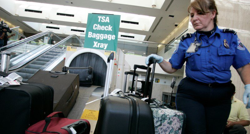 US might ban laptops on all flights into and out of the country
