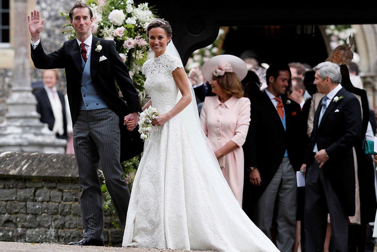 圧巻の美しさ!キャサリン妃の妹、ピッパ・ミドルトンのウェディングドレス姿。愛らしいシャーロット王女やジョージ王子の姿もプ